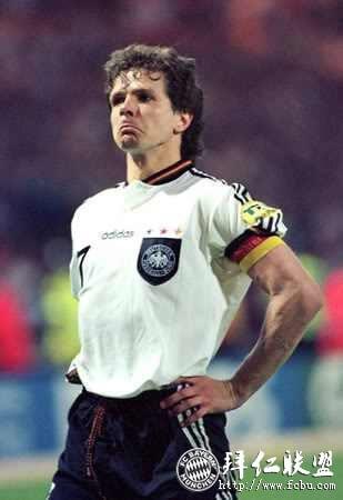 巴拉克 沃勒尔 费舍尔 A穆勒 福格茨加入足球名人堂5