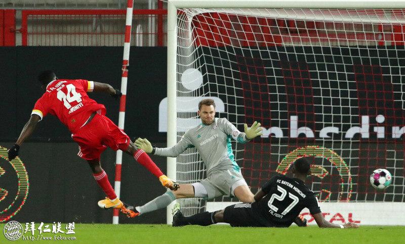 德甲第11轮 柏林联合爆冷1:1逼平拜仁 榜首位置岌岌可危1