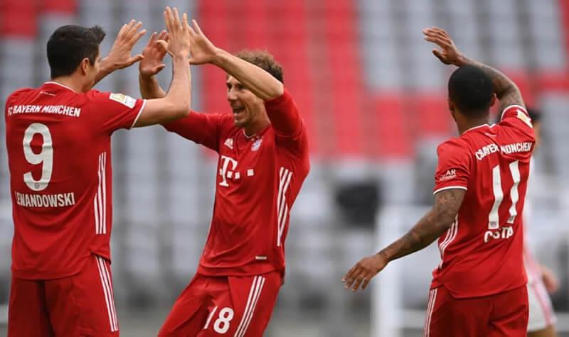 德甲第5轮 拜仁5:0法兰克福 莱万戴帽 阿方索开场伤退