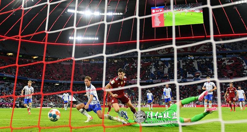 德甲第3轮 拜仁5:0大胜柏林赫塔 穆勒传射莱万戴帽