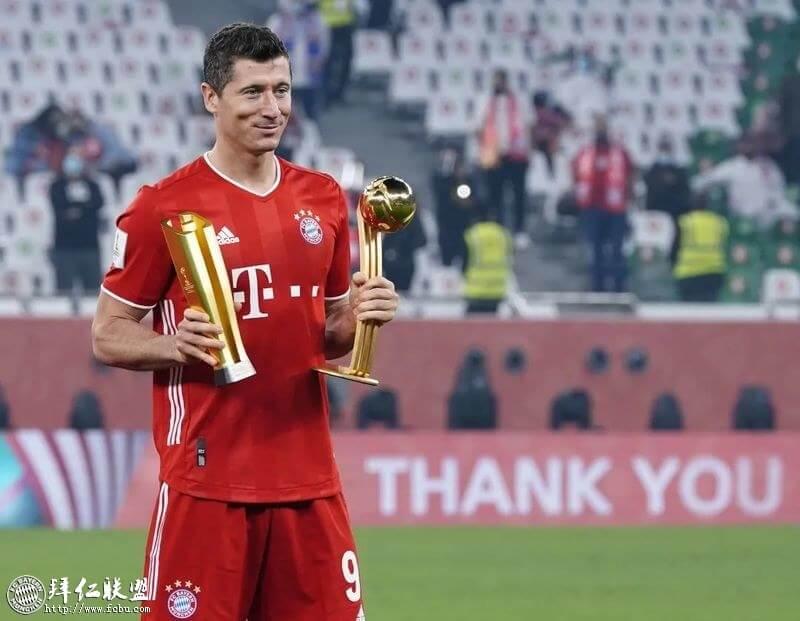 莱万多夫斯基获得了本届世俱杯的金球奖